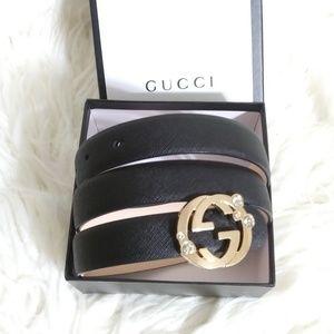 Gucci belt 100/40 fits size 6-8